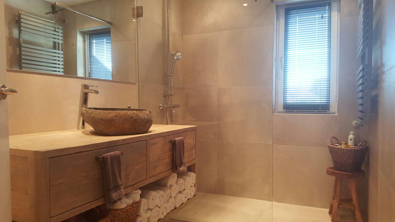 Recent gerealiseerde badkamer bouw en klusbedrijf giesberts for Multimate ijmuiden