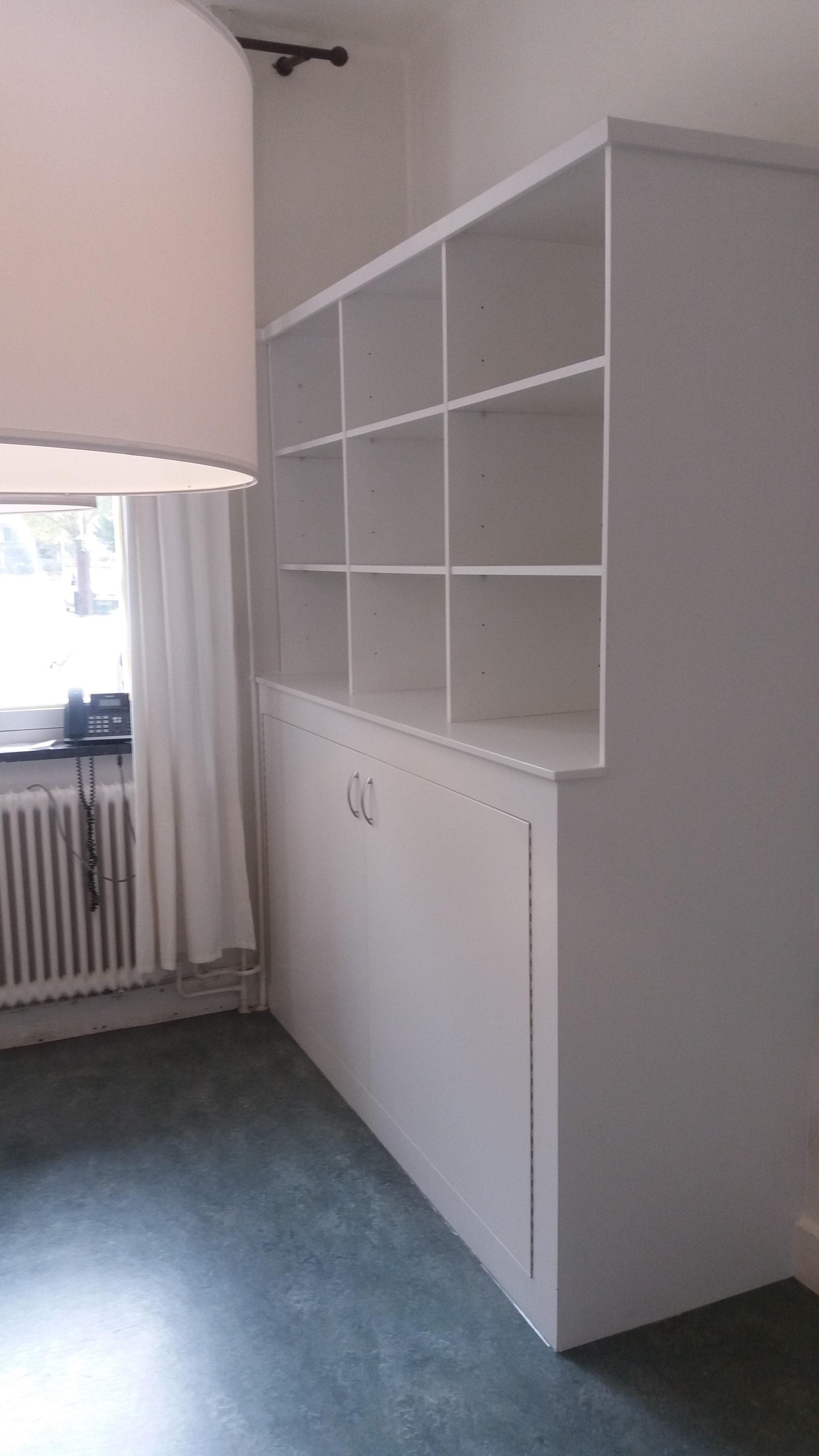 Op maat gemaakte gasmeterombouw met boekenkast er boven for Multimate ijmuiden
